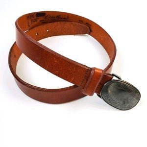 Eddie Bauer leather belt with gorgeous buckle sz L